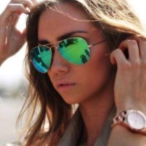 Ray bans 3025 green mirror sunglasses